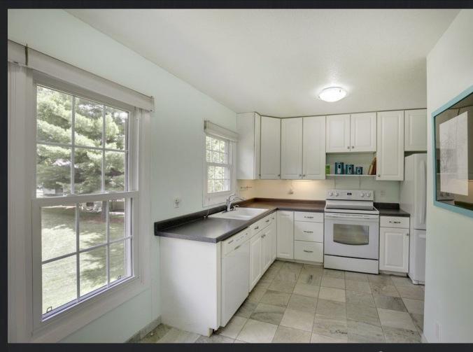 Kitchen before on hawthorne
